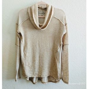We The Free Cowl Neck Long Sleeve Top Size Medium